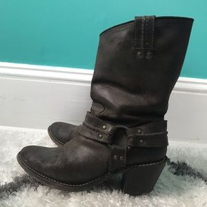 Women's leather Frye boots